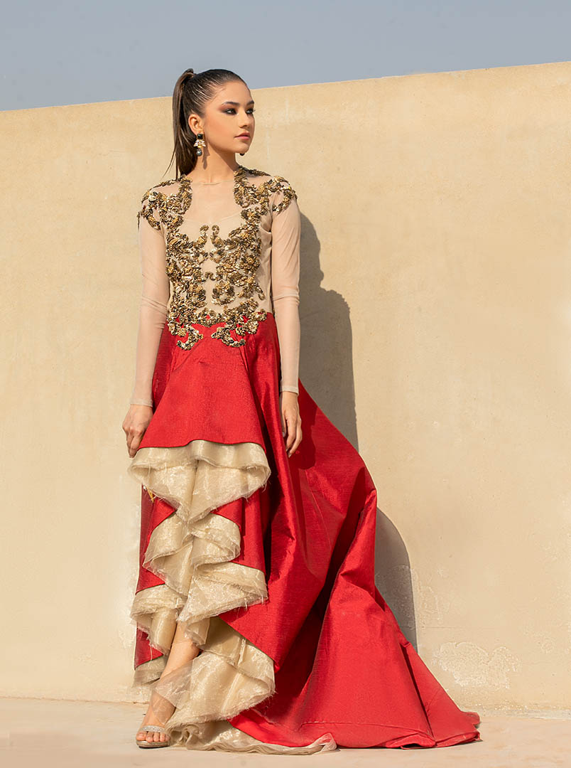 Model Shoot of Areeba Tariq for Fashion_Collection_Glam_Up
