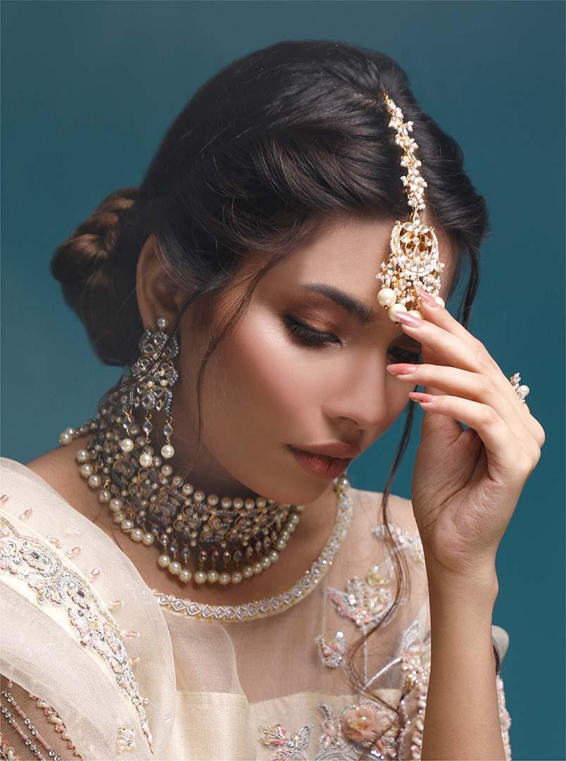 Model Sawaira Sheikh Shoot for Fashion Collection-5
