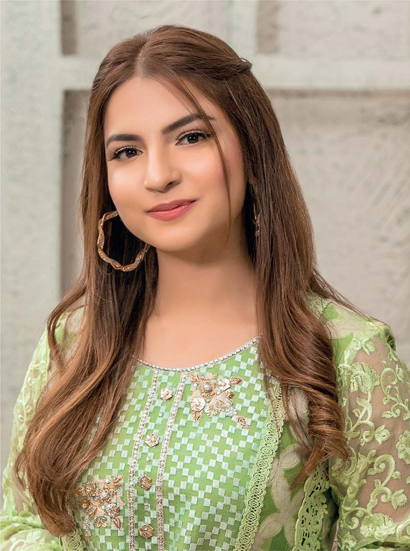 2-pawri ho rahi hai girl Dananeer exclusive photo shoot