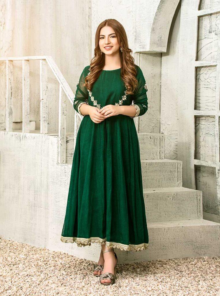 5-pawri ho rahi hai girl Dananeer exclusive photo shoot