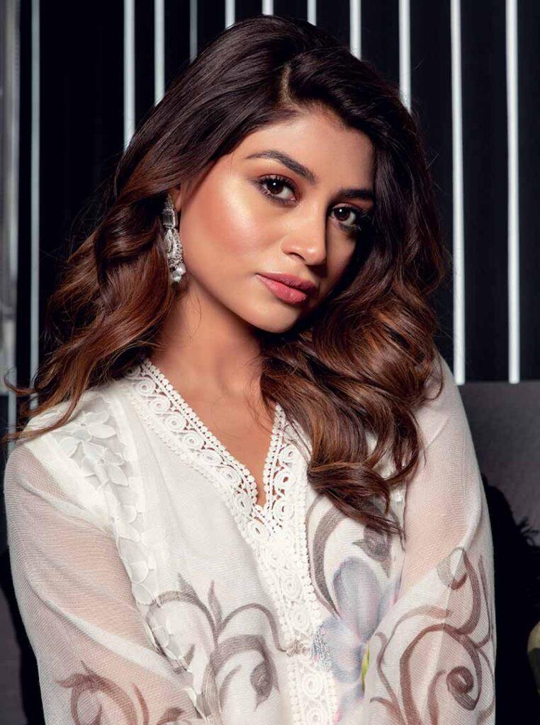 Zoya Nasir Pictures