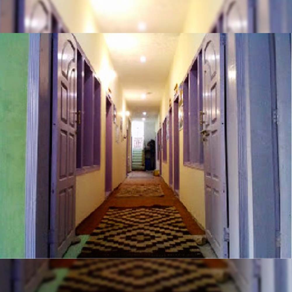 Experience at Mano Kur-e-Basa Hotel Minapin Nagar